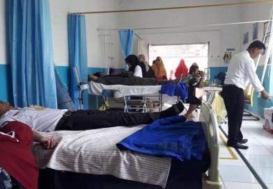 Kegiatan Bakti Sosial donor darah dalam rangka memperingati HKN di UPTD Puskesmas Handil Baru