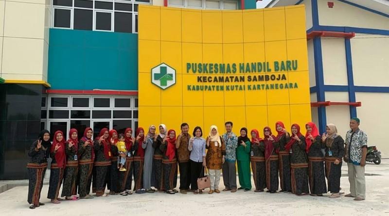 Kunjungan Kadinkes Kukar dr. Martina Yulianti ke Puskesmas Handil Baru